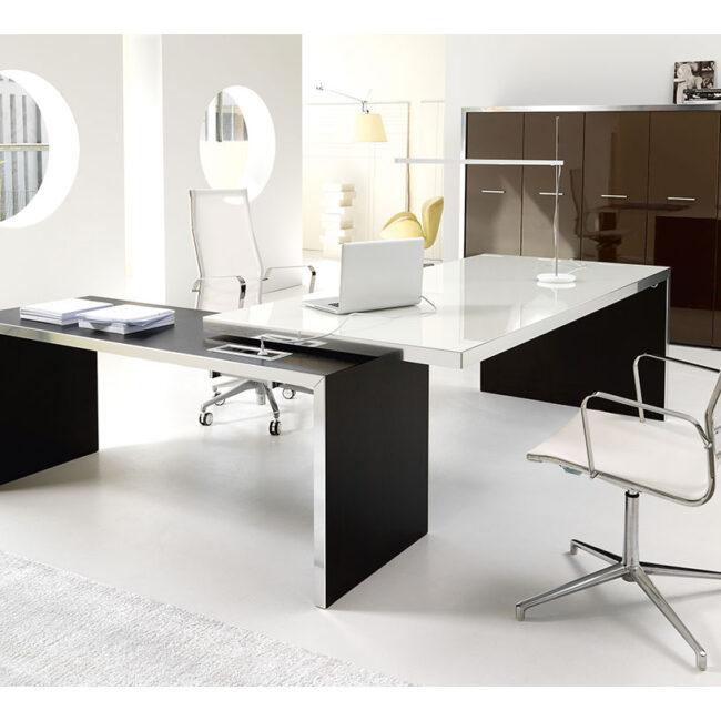 PlanOffice-srl-arredo-mobili-per-ufficio-linea-Alfa-Lux-mobili-direzionali-scrivania-moderna-in-vetro-bianco
