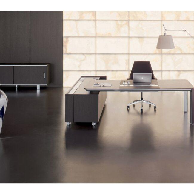 PlanOffice-srl-arredo-mobili-per-ufficio-linea-Made-mobili-direzionali-scrivania-moderna-con-porta-documenti-in-metallo-grigio