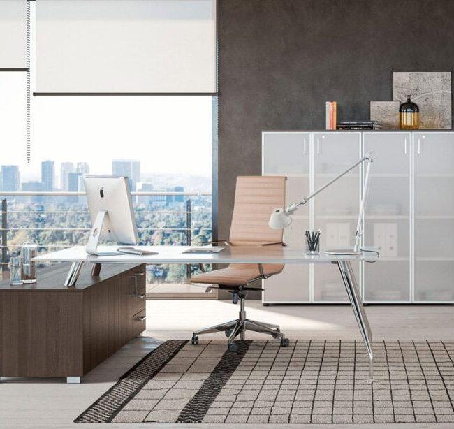 arredo-mobili-per-ufficio-linea-Dream-mobili-direzionali-scrivania-in-vetro