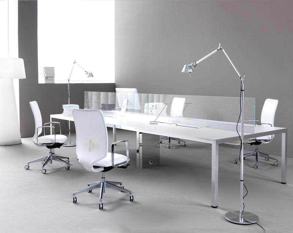 mobili-per-ufficio-linea-Alfa-Op-scrivanie-per-ufficio-mobili-operativi-scrivania