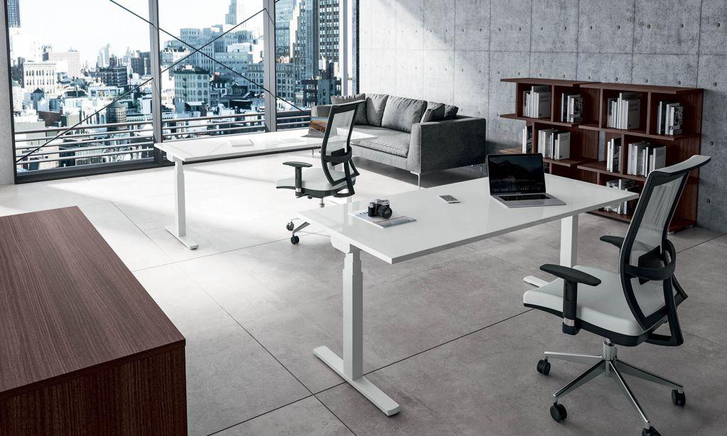 arredo-mobili-per-ufficio-linea-Hall-scrivanie-per-ufficio-mobili-operativi-scrivania-in-plastica-lucida-bianca