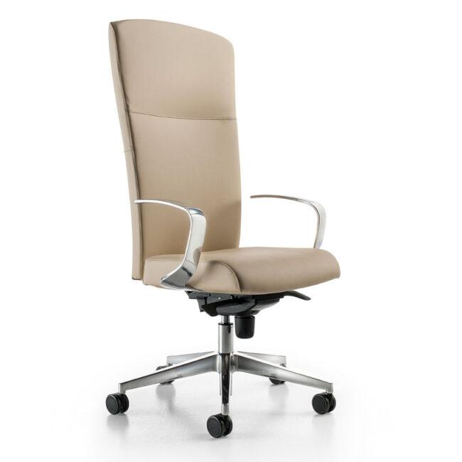 California-poltrona-in-pelle-beige-chiara-con-poggia-bracci-in-ferro-lucido-sedia-per-ufficio-executive-direzionale