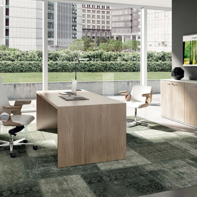 Londra-sedie-per-ufficio-direzionale-pelle-bianca-con-poggia-bracci-in-legno-chiaro