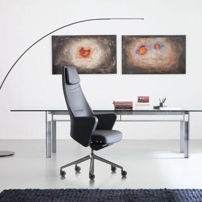 Lugano-sedie-executive-linea-poltrona-ergonomica-da-ufficio-pelle-nera