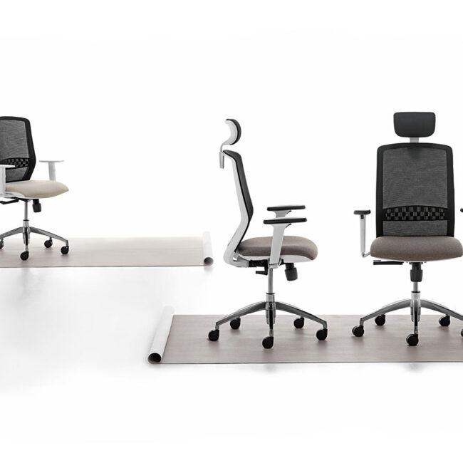 sedia-girevole-ergonomica-comodita-benessere-qualita-tonalita-grigio