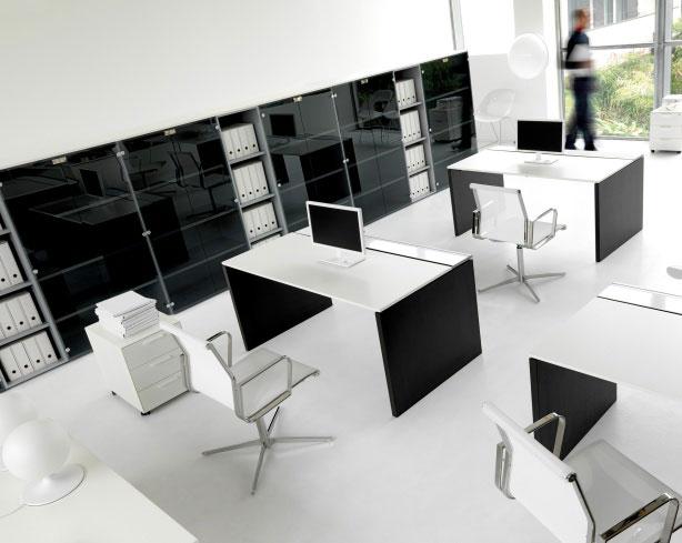 Pure-scrivanie-per-ufficio-mobili-operativi