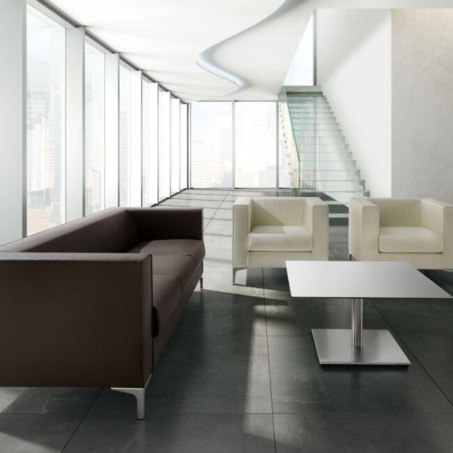 READY-divano-tre-posti-rivestito-pelle-marrone-poltrona-pelle-bianca-chic