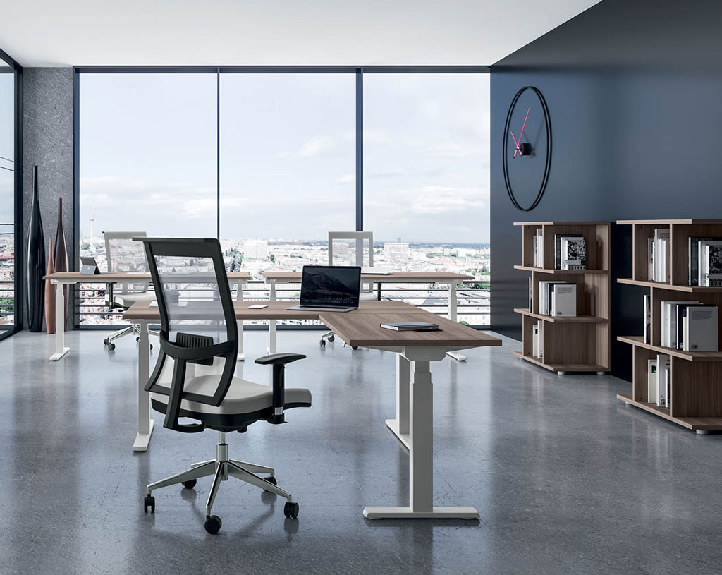 linea-Hall-scrivanie-per-ufficio-mobili-operativi-scrivania-elegante