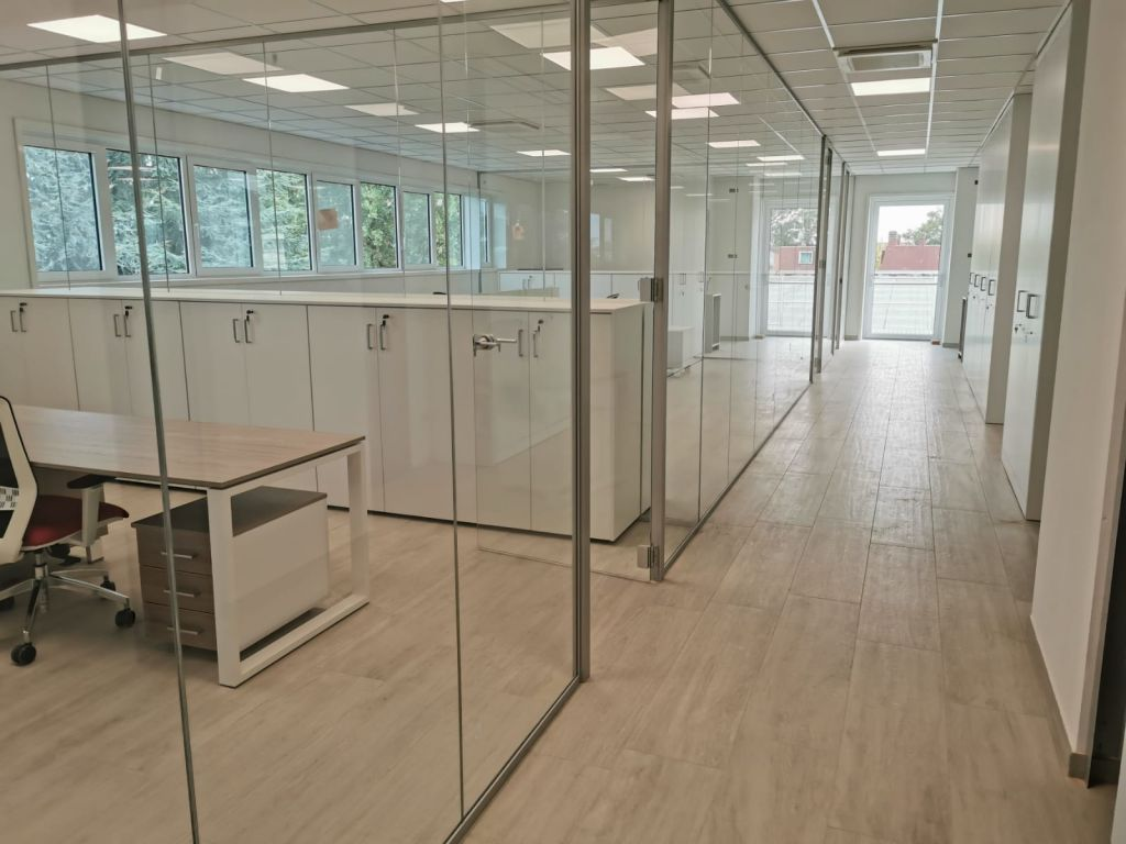 PlanOfficesrl-parete-in-vetro-Milano